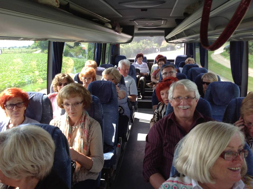 audience_on_bus